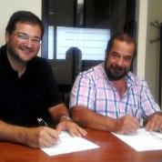 Firma del convenio entre Tabarca Consulting y el grupo GESTAMA para la presencia 2.0 del grupo empresarial